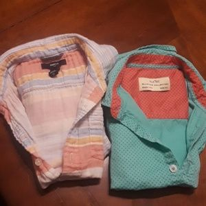Lot of 2 short sleeve buttons down shirts